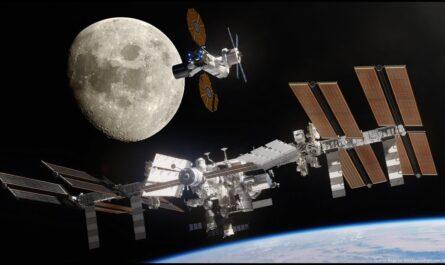 """Окружающий мир 1 класс ч.2, тема урока """"Зачем люди осваивают космос?"""", с.72-73, Школа России"""